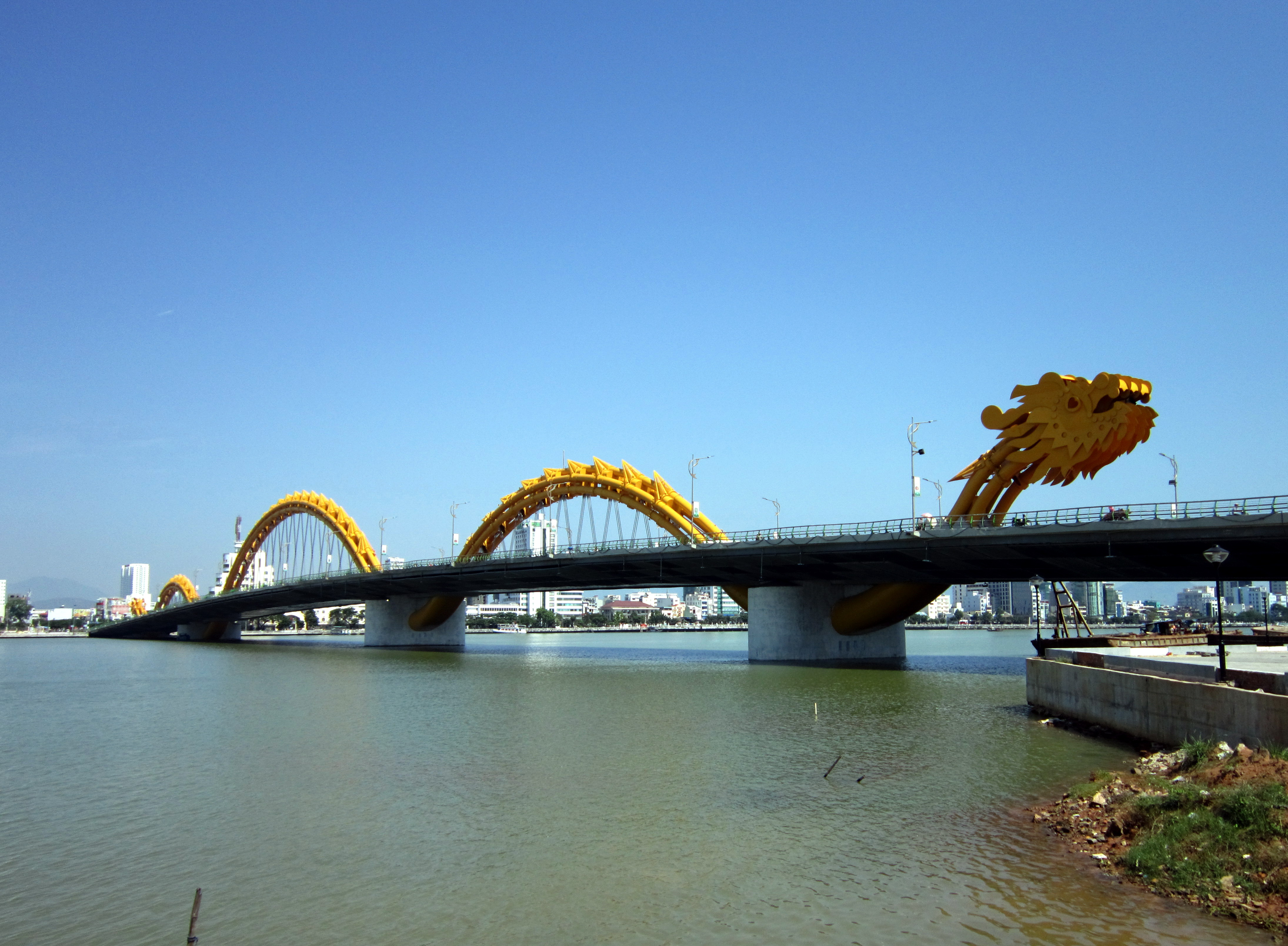 Dragon-Bridge-