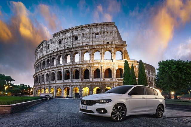 Fiat Tipo : 30 ans de fonctionnalité, simplicité et personnalité  24de487e4f6038a263a4