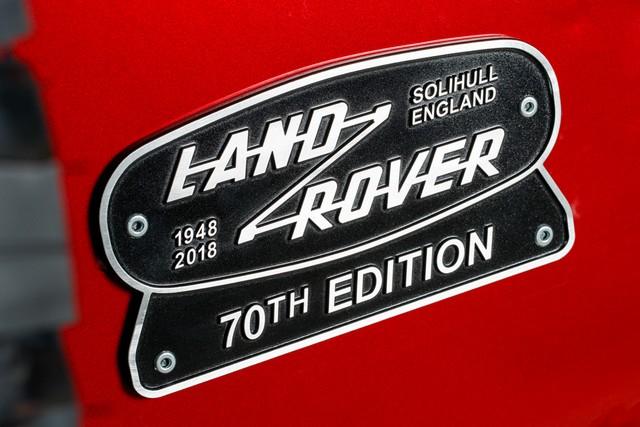 Land Rover lance une version V8 du Defender pour célébrer ses 70 ans 233edf393df93dc625e0