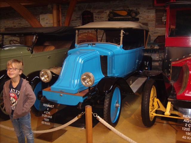 Quelques photos de mon passage au Manoir de l'Automobile et des Vieux Métiers de Lohéac  2d2dccd7b2cdc79c2d2c