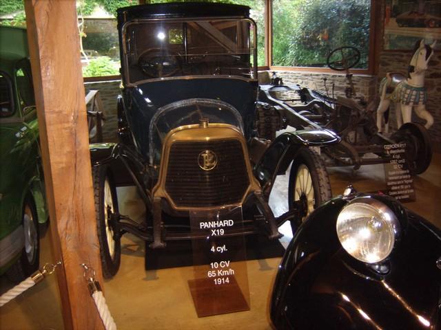 Quelques photos de mon passage au Manoir de l'Automobile et des Vieux Métiers de Lohéac  3f8f2e2ef777f3354656