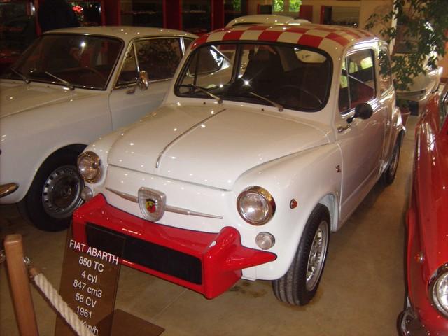 Quelques photos de mon passage au Manoir de l'Automobile et des Vieux Métiers de Lohéac  46fb5cc44f345b6b2ab5