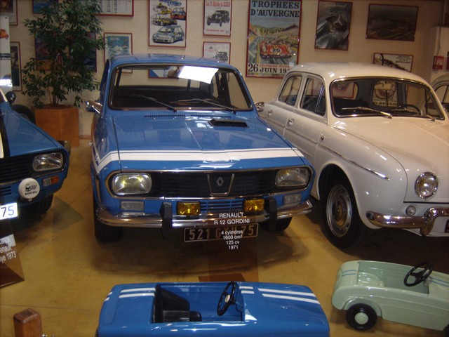 Quelques photos de mon passage au Manoir de l'Automobile et des Vieux Métiers de Lohéac  D72093310d817d2c2284