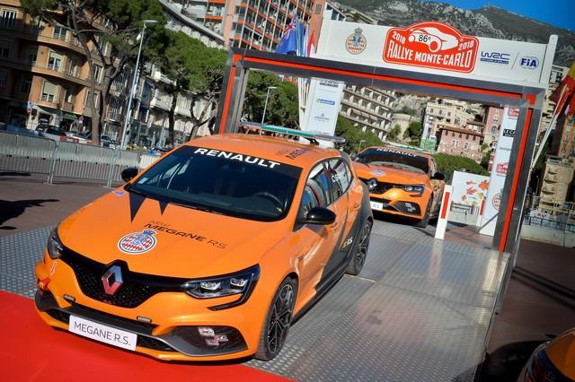 Renault Sport remet quatre Mégane R.S. à l'Automobile Club de Monaco A7b05d74cd59888cc87c