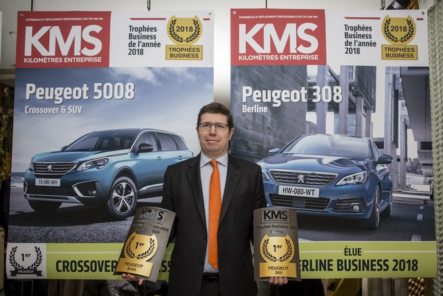 Les nouvelles PEUGEOT 308 et 5008 élues véhicules business de l'année 2018 Fcccdf853c20b2b5f23b